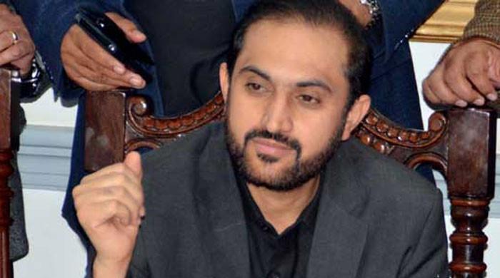 تحریک عدم اعتماد جمع ہوچکی، جام کمال نے مقابلہ کرنا ہے تو کرلیں: بزنجو