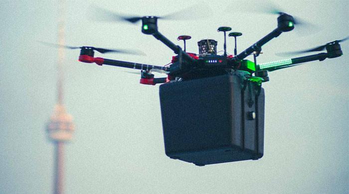 انسانی پھیپھڑے پہلی بار ڈرون کے ذریعے اسپتال منتقل