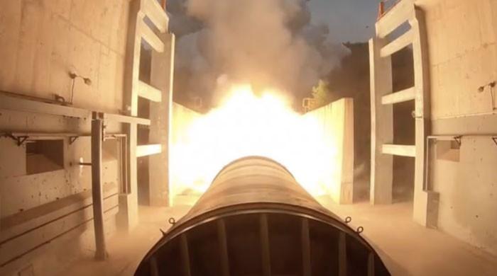 چین کا دنیا کےسب سے بڑے اور جدید ٹھوس ایندھن والے راکٹ انجن کا تجربہ