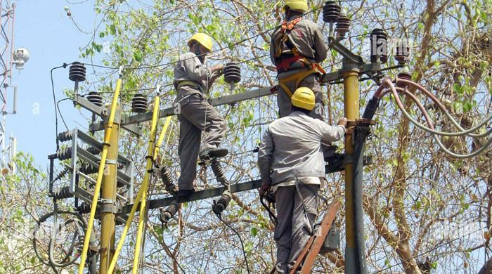 کراچی والوں کو بجلی کا بڑا جھٹکا دینے کی تیاری