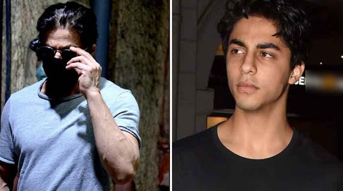 'مجھے تم پر بھروسہ ہے'، شاہ رخ اور آریان جیل کی ملاقات میں بری طرح رو پڑے