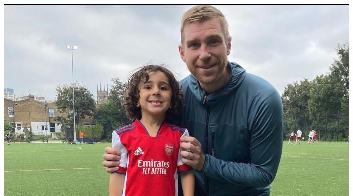 4 سال کا بچہ مشہور فٹبال کلب آرسنل کیساتھ ٹریننگ کرنے والا سب سےکم عمرکھلاڑی بن گیا