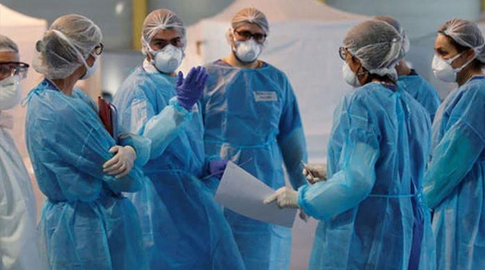 کورونا سے ایک لاکھ 80  ہزار ہیلتھ  ورکرز  ہلاک ہوئے: عالمی ادارہ صحت