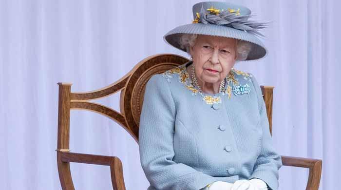 اسپتال میں رات گزارنے کے بعد ملکہ برطانیہ کی طبیعت میں بہتری آگئی