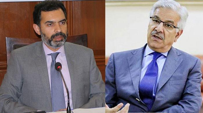 مصر کا بیڑا غرق کرکے پاکستان دیوالیہ کررہے ہیں، خواجہ آصف کی گورنر اسٹیٹ بینک پر تنقید