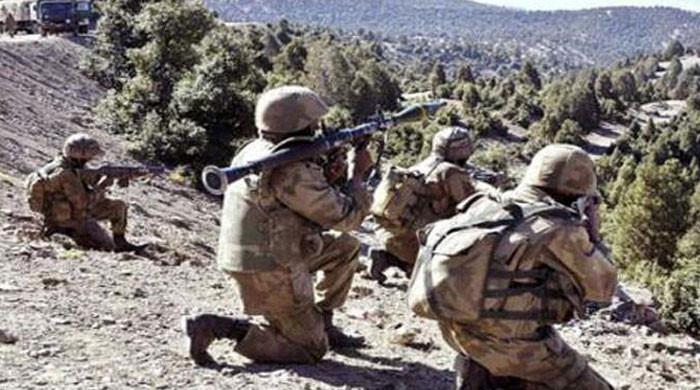 دہشتگردوں کیخلاف آپریشن، فائرنگ کے تبادلے میں پاک فوج کے 2 جوان شہید