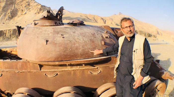 افغانستان: تنگی فُرقار میں کھڑا فوجی ٹینک کیوں اہمیت کا حامل ہے؟