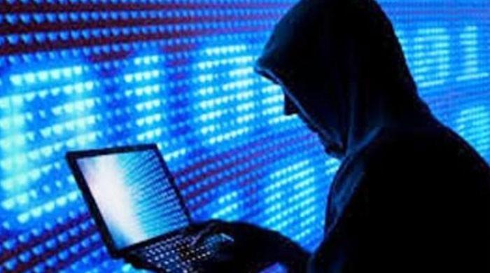 ایف آئی اے نے چائلڈ پورنوگرافی میں ملوث لڑکی سمیت6 ملزمان گرفتارکرلیے